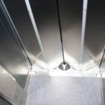 Dettaglio su interno ascensore realizzato a Milano - 1