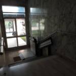 Dettaglio su pedana del montascale realizzato a Gallarate - foto 3