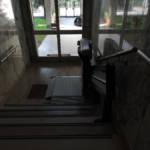 Dettaglio su pedana del montascale realizzato a Gallarate - foto 2