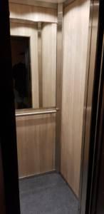 cabina ascensore dopo la modernizzazione